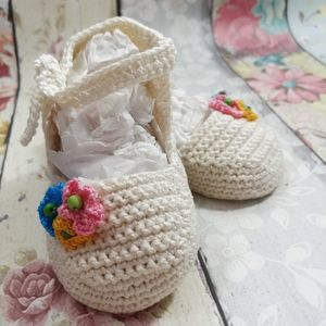 Hand Made Crocheted Baby Infant Shoes 0-3 Months